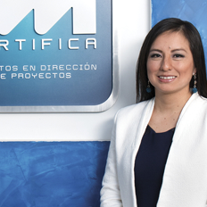 Ing. rocio profesor PM Certifica Certificación Taller Curso PMP Gestión proyectos diplomado innovación lima perú PMI metodologías ágiles